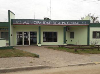 frente-de-la-Municipalidad-de-Alpa-Corral